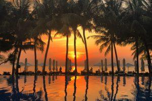 Ngắm hoàng hôn Phú Quốc tại những hồ bơi cực xịn